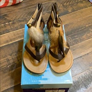 Brown feather sandals